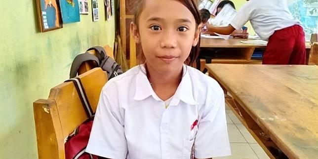 Asmarani Dongku, siswi SD dari Desa Pandiri
